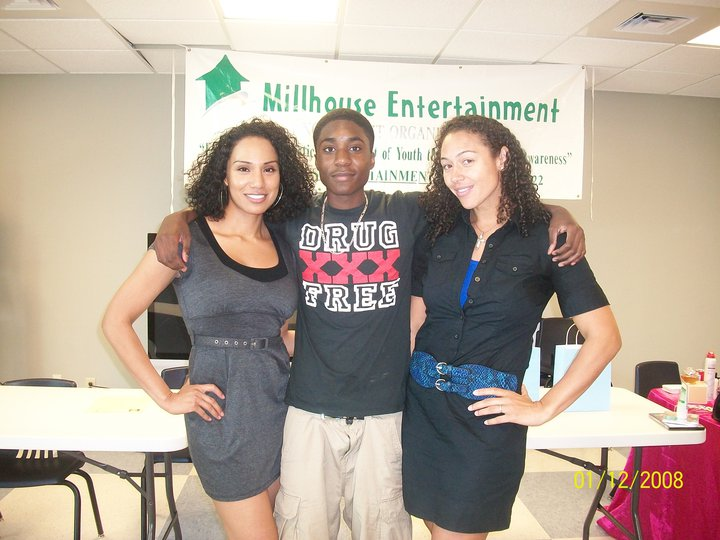 Guest panel member Hollywood Actress Monica Pena, Teen Rapper CT, and Professional Choreographer/Dancer Lela Bell