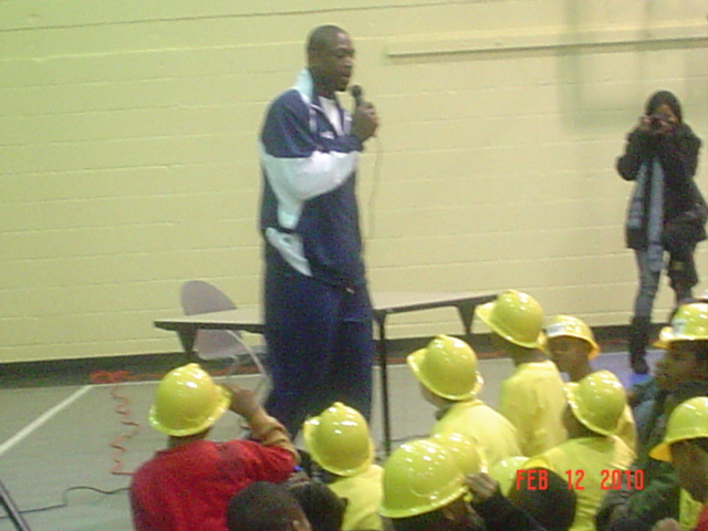 NBA Superstar Dwyne Wade in action @ Turnkey Boys & Girls Club in Dallas!